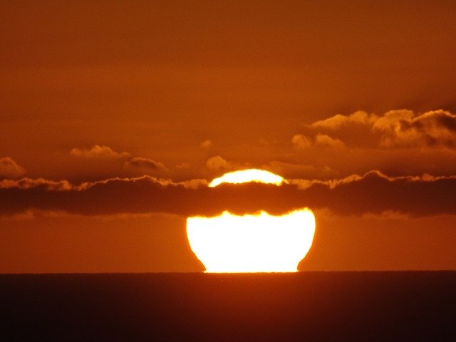 sun-404062_640