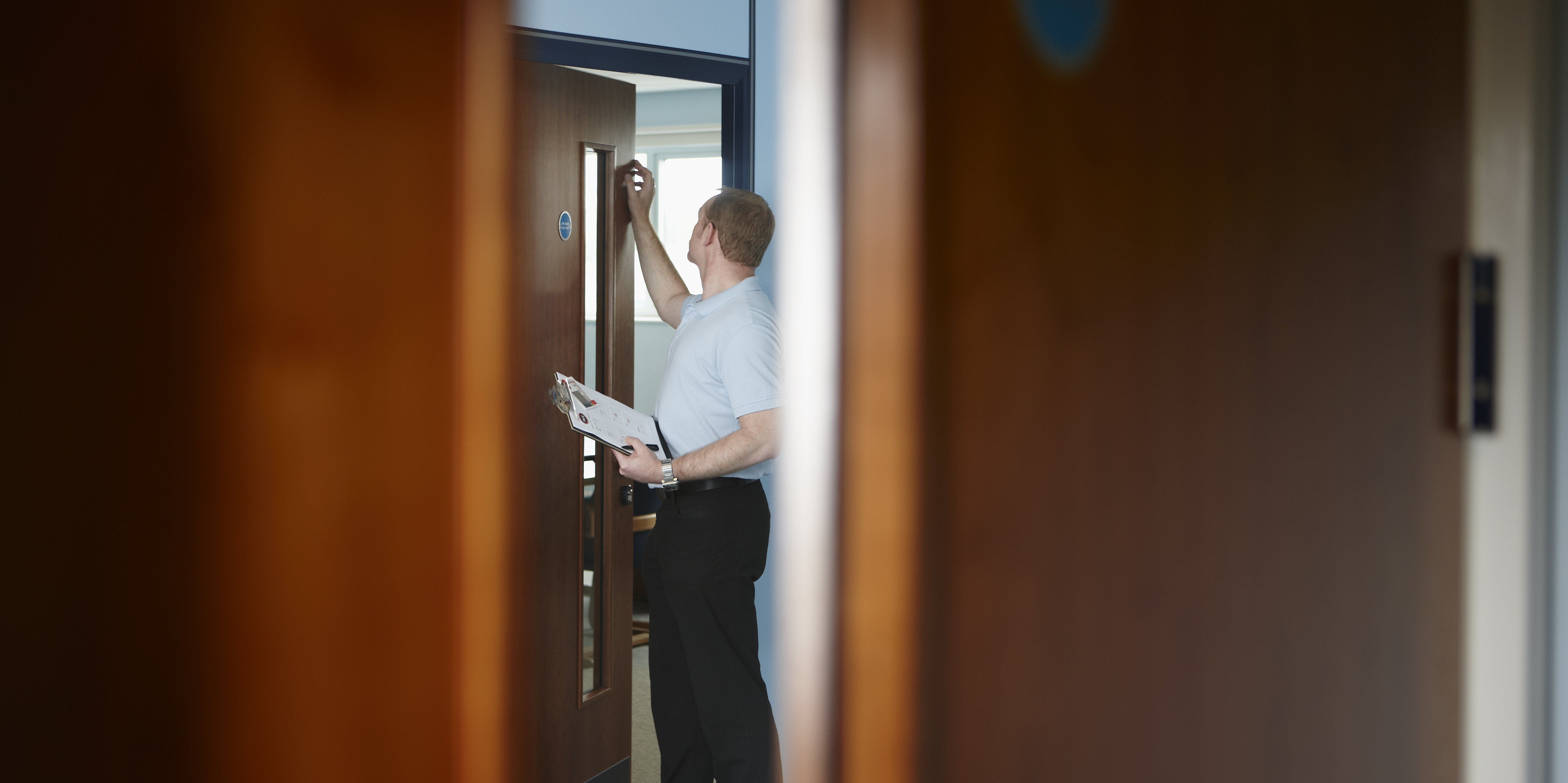 Fire Safety Doors : Majority of renters 'left in dark on basic fire safety