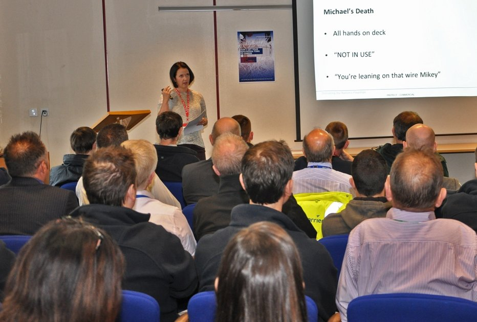 louise-taggart-workplace-safety-speaker-presenting