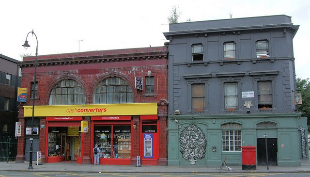 South Kentish Town station (left) in 2005. The station closed in 1924.