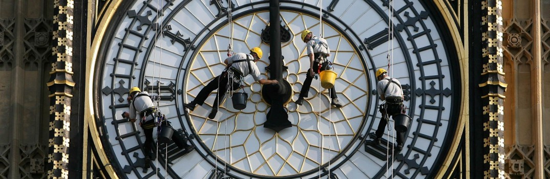 The 'Spider-men' of London's changing skyline
